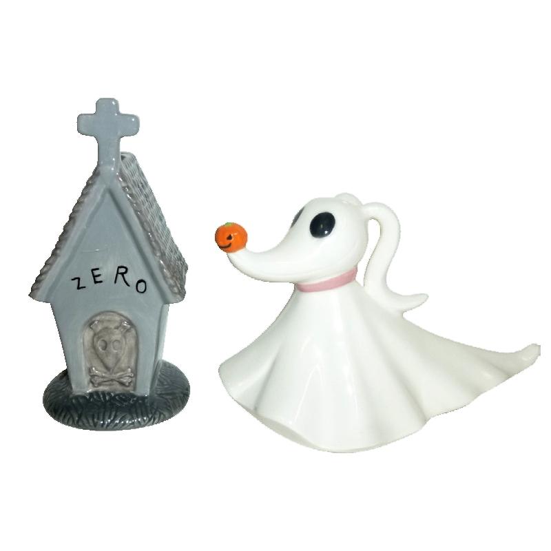 Nightmare Before Christmas Zero And Dog House Ceramic Salt And Pepper Shaker  Set