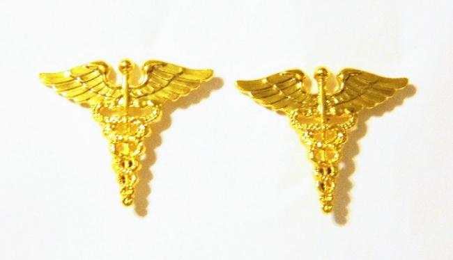 Star Trek The Next Generation Klingon Bird of Prey Pin Gold Toned NEW UNUSED